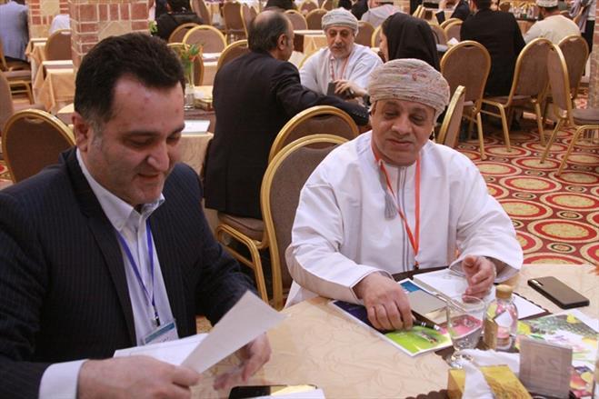 نشست تجای عمان و گیتی پسند